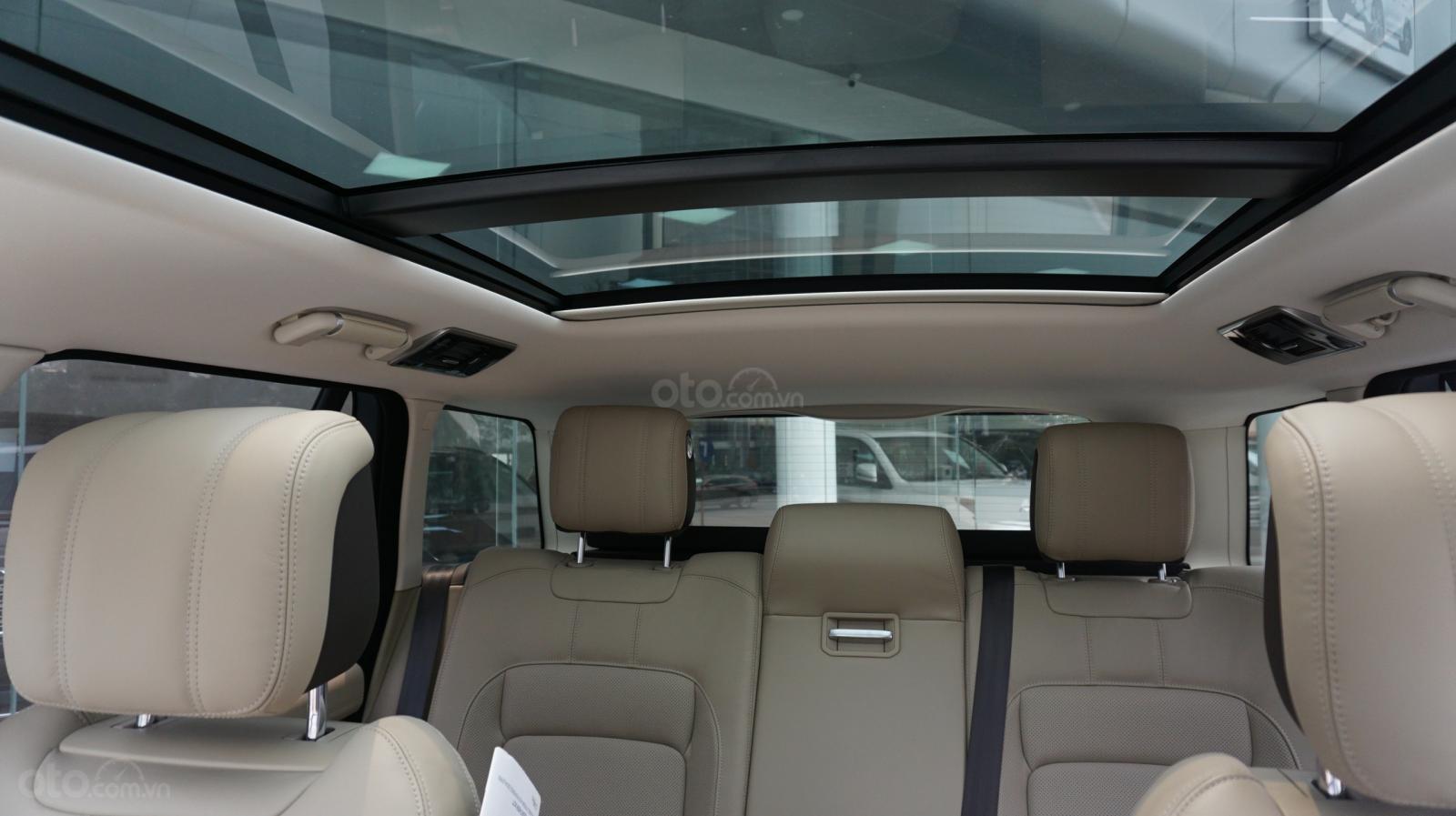 Cần bán xe LandRover Range Rover HSE năm 2019, màu trắng, xe nhập-2