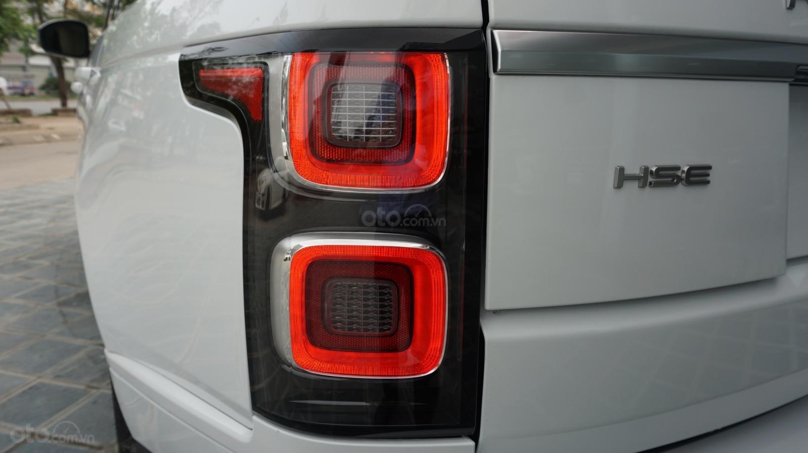 Cần bán xe LandRover Range Rover HSE năm 2019, màu trắng, xe nhập-4