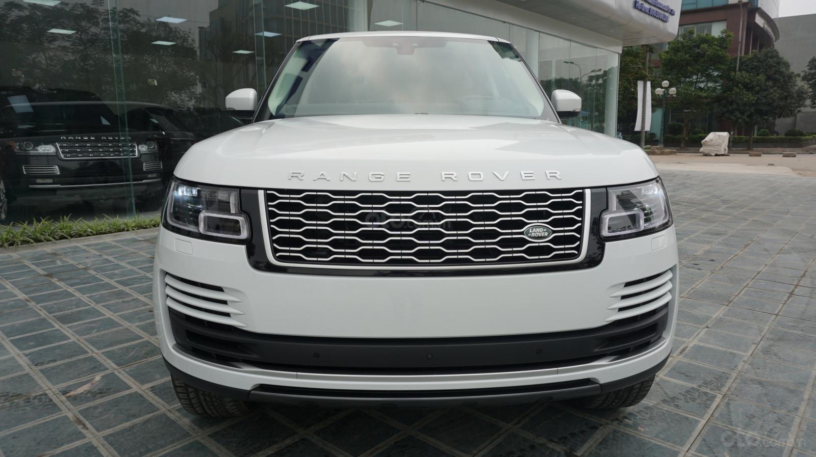 Cần bán xe LandRover Range Rover HSE năm 2019, màu trắng, xe nhập-9