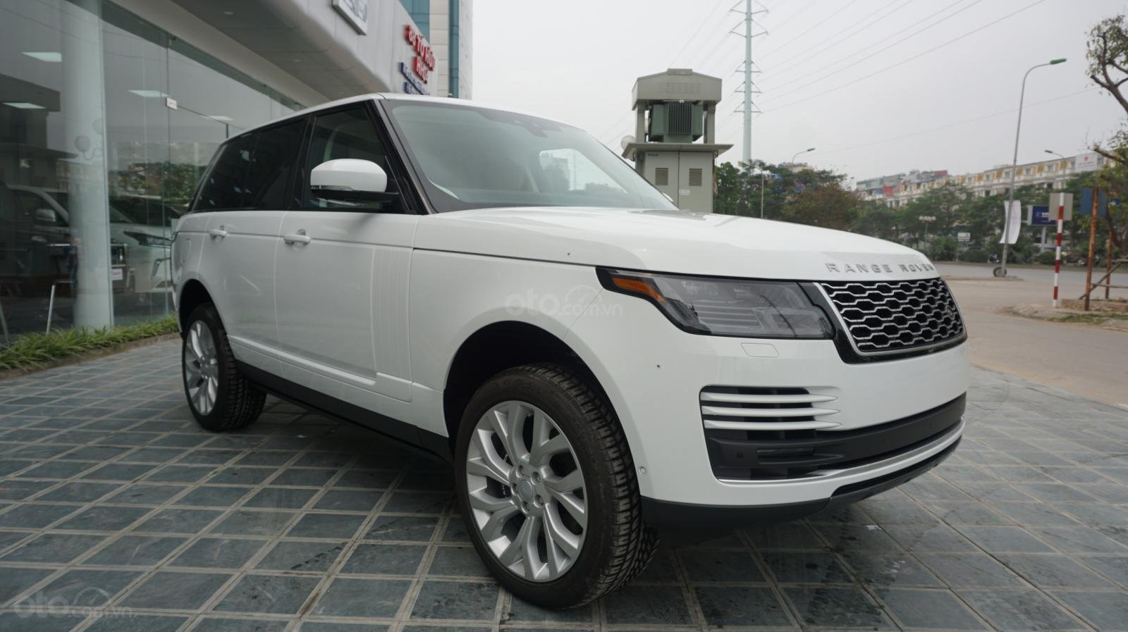 Cần bán xe LandRover Range Rover HSE năm 2019, màu trắng, xe nhập-24
