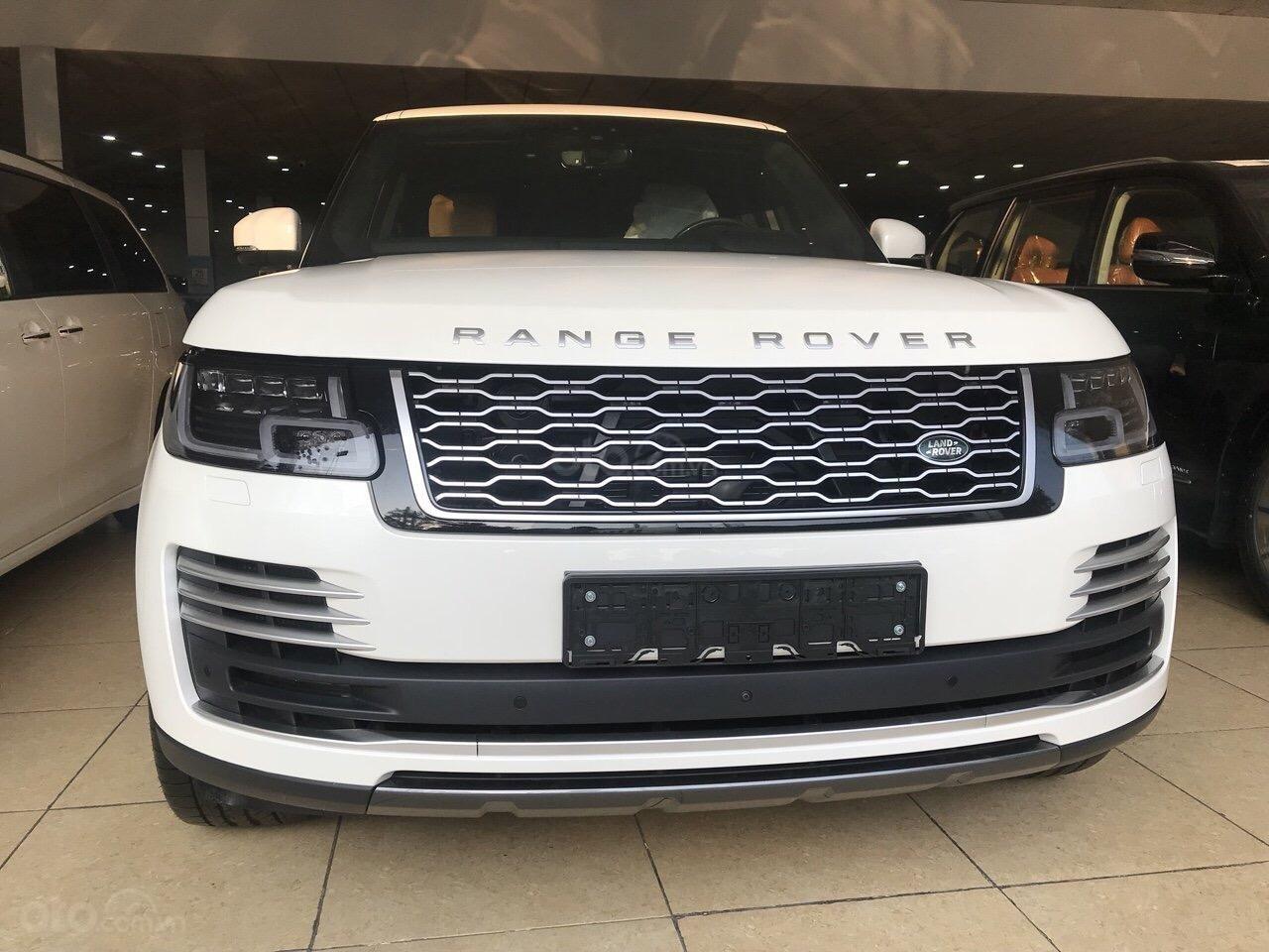Bán ô tô LandRover Range Rover Autobiography LWB, sản xuất 2019, màu trắng, nhập khẩu nguyên chiếc (1)