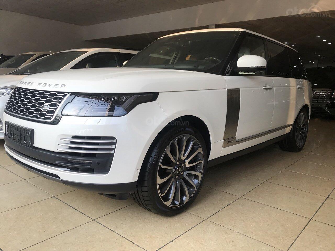 Bán ô tô LandRover Range Rover Autobiography LWB, sản xuất 2019, màu trắng, nhập khẩu nguyên chiếc (3)
