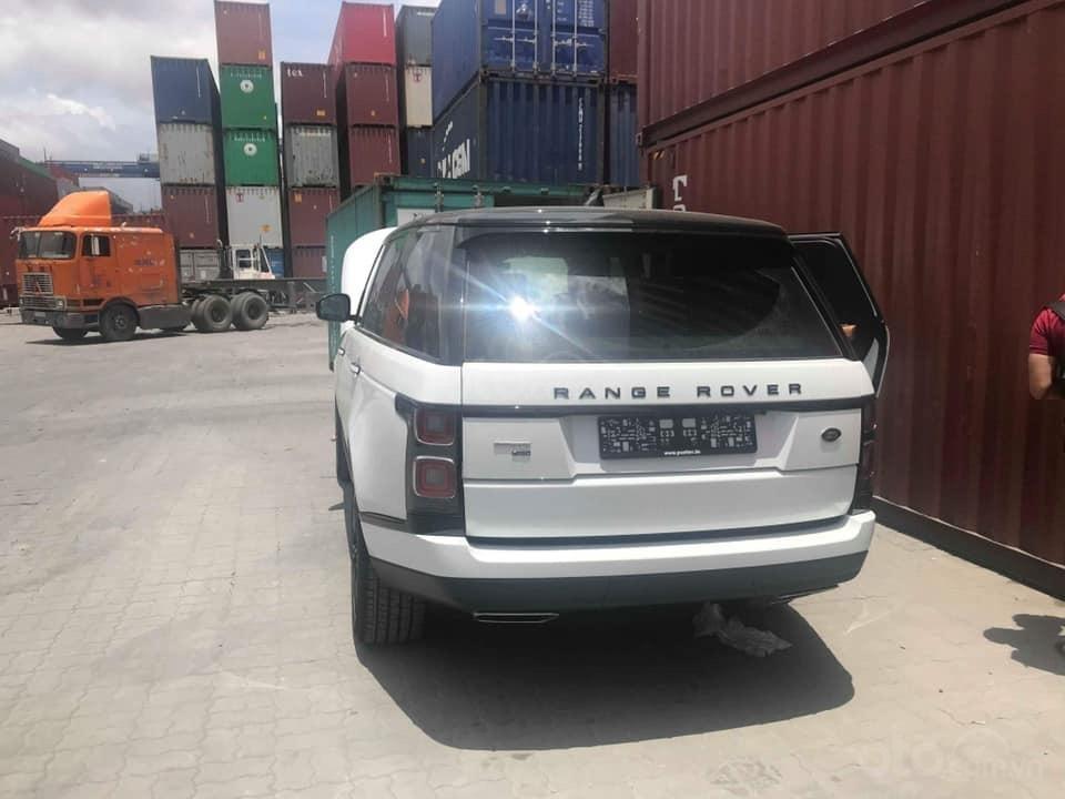 Bán ô tô LandRover Range Rover Autobiography LWB, sản xuất 2019, màu trắng, nhập khẩu nguyên chiếc (15)