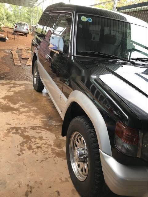 Cần bán Mitsubishi Pajero sản xuất 2003, hai cầu, máy xăng (2)