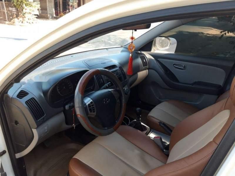 Bán Hyundai Avante 2012, màu trắng-4