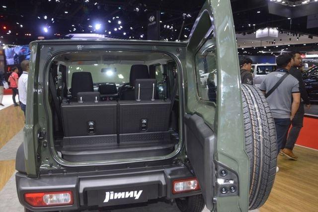 Suzuki Jimny trình làng tại Thái Lan, giá hơn 900 triệu đồng 19