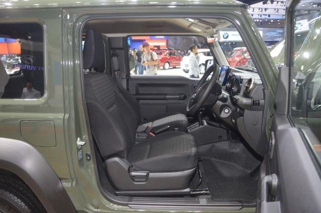 Suzuki Jimny trình làng tại Thái Lan, giá hơn 900 triệu đồng 18