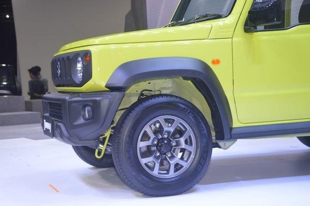 Suzuki Jimny trình làng tại Thái Lan, giá hơn 900 triệu đồng 6