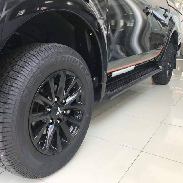 Bán xe Mitsubishi Triton Athlete 4x2 AT năm 2018, màu đen, nhập khẩu Thái Lan-4