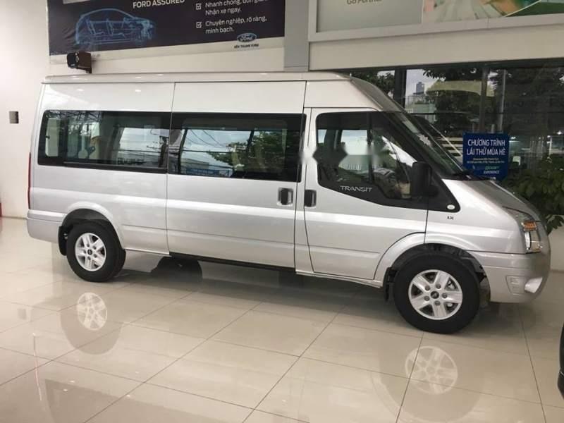 Bán xe Ford Transit 2019, màu bạc-0