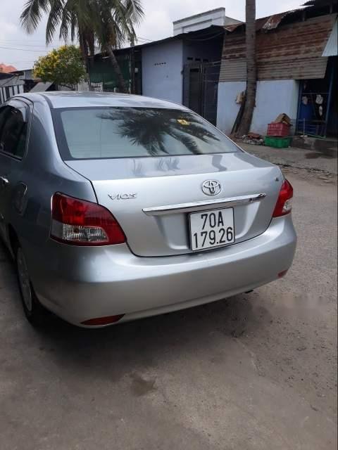 Bán Toyota Vios sản xuất năm 2008, màu bạc-5