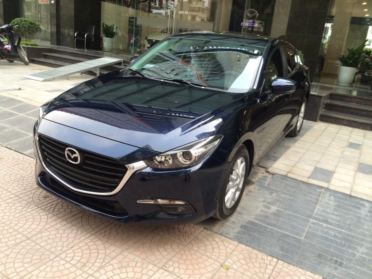 Mazda Hà Đông bán xe Mazda 3 Hatchback giá sập sàn. LH: 0944601785 để nhận thêm ưu đãi (4)