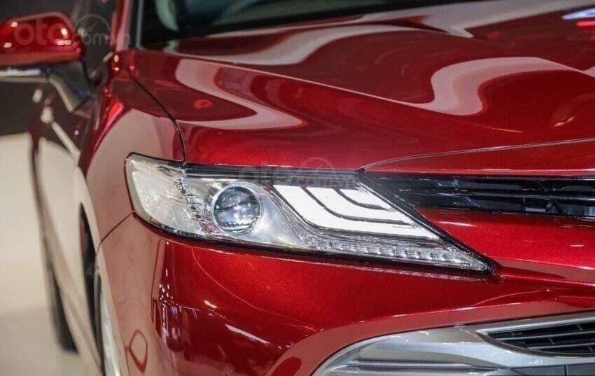 Toyota Camry 2.5Q thế hệ mới nhập khẩu nguyên chiếc, nhận đặt hàng giao xe sớm-2