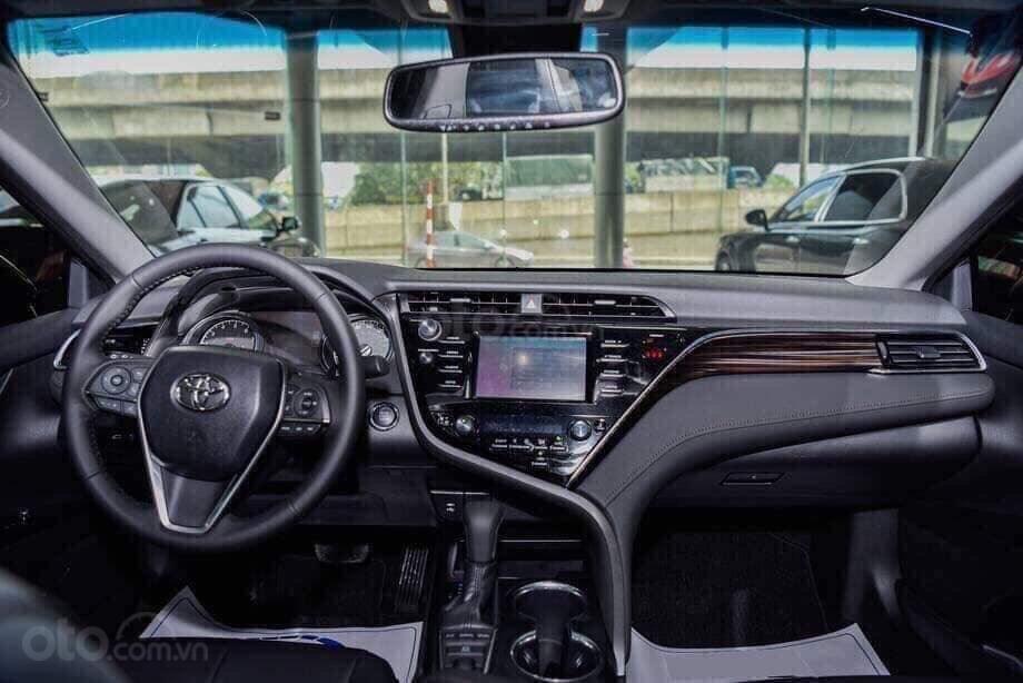 Toyota Camry 2.5Q thế hệ mới nhập khẩu nguyên chiếc, nhận đặt hàng giao xe sớm-3