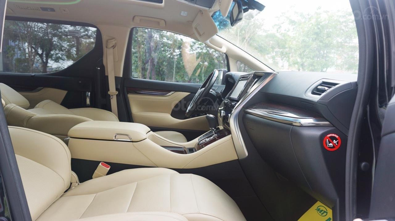 Bán xe Toyota Alphard Excutive Lou 2017, màu đen, nhập khẩu. LH em Hương 0945392468 (15)