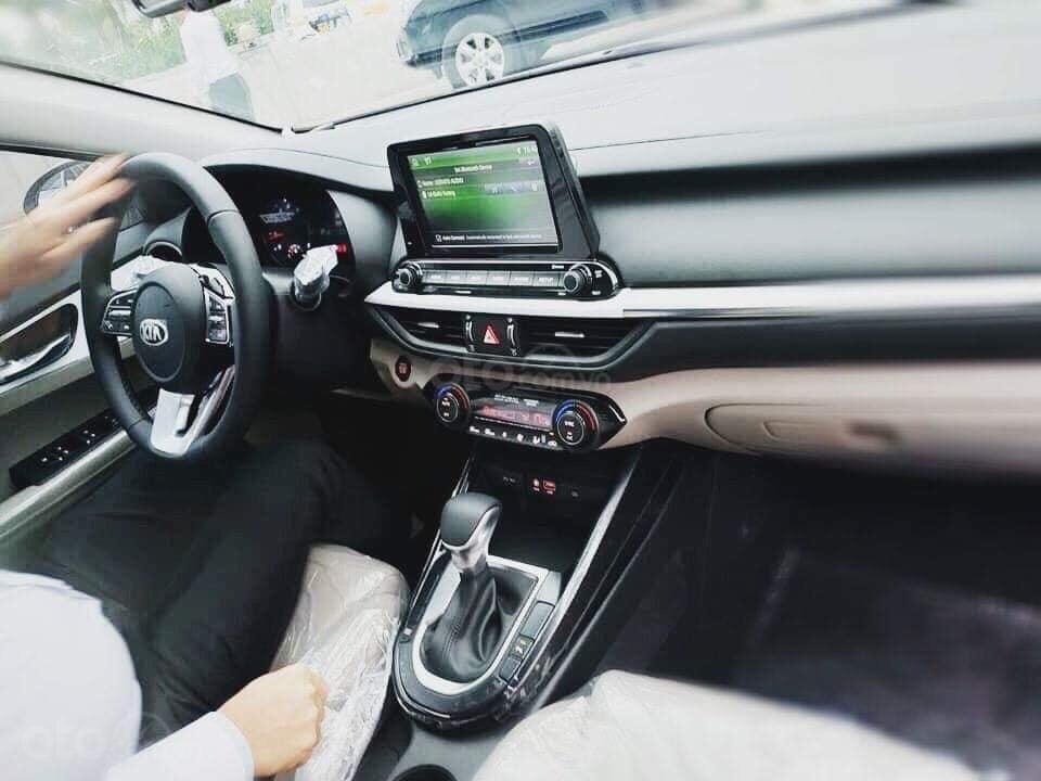 Kia Cerato 2019- cam kết giá tốt nhất thị trường - sẵn xe giao ngay- hỗ trợ trả góp 90%-2
