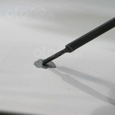 Hướng dẫn sửa xe tróc sơn, ô tô trầy và có rỉ sét tại nhà - Dùng sơn lót