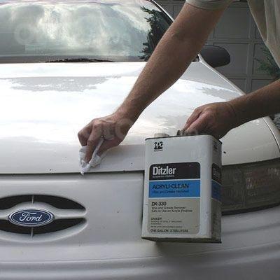 Hướng dẫn sửa xe tróc sơn, ô tô trầy và có rỉ sét tại nhà - Bỏ lớp bảo vệ, tăng độ dính cho sơn