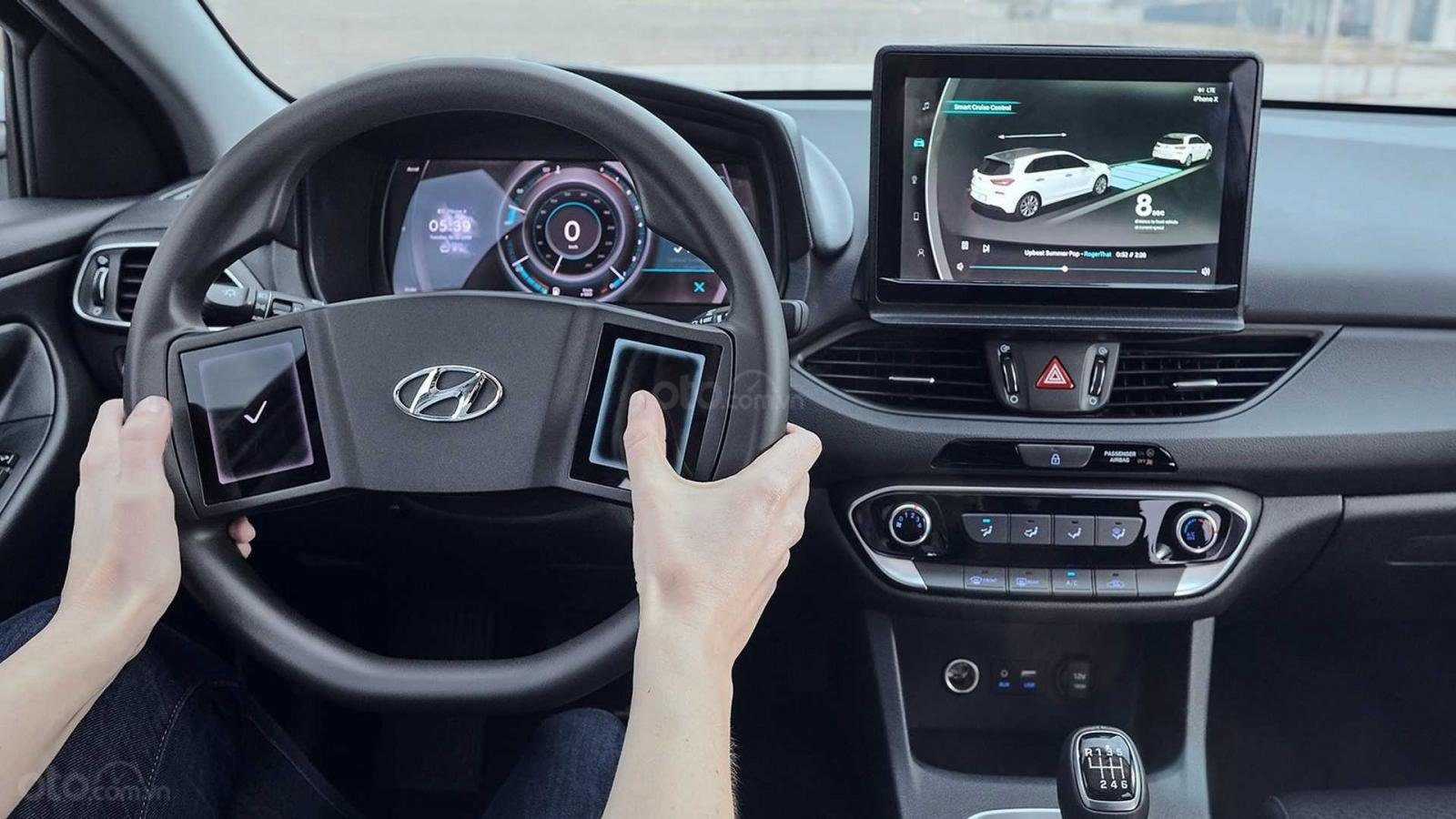 Hyundai giới thiệu ý tưởng vô-lăng mới mẻ