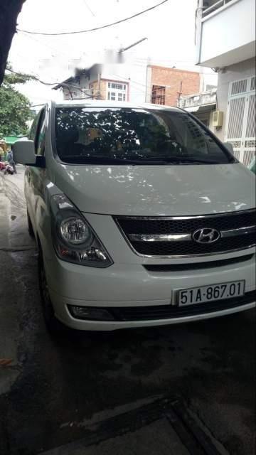Cần bán xe Hyundai Starex sản xuất 2014, màu trắng chính chủ, 740tr-3