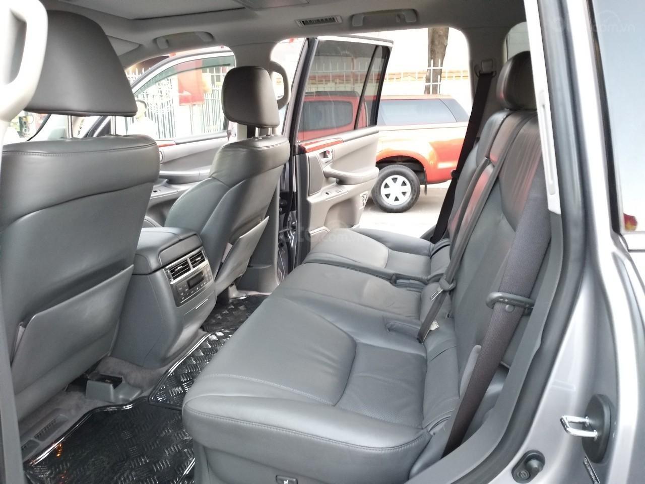 Lexus LX 570 model 2009, màu bạc, nhập khẩu, toàn bộ còn zin theo xe, cực mới, 2 tỷ 320 triệu-4