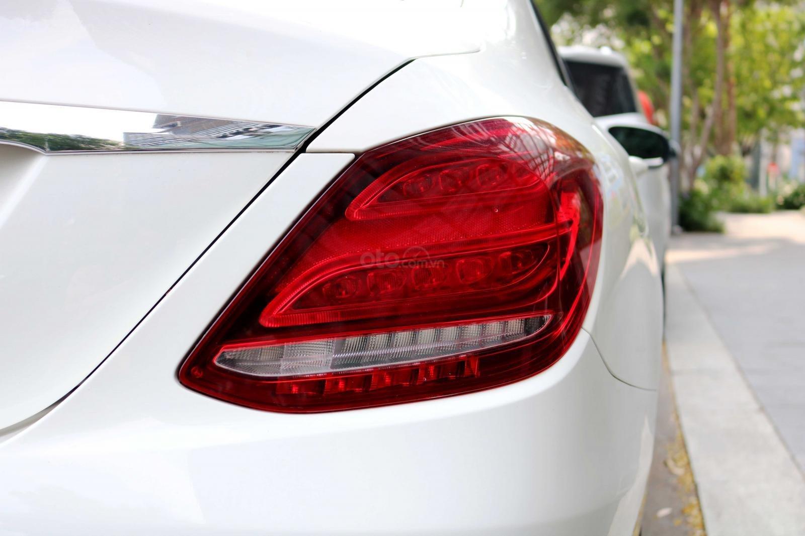 Bán xe Mercedes C200 model 2016, đi 30000km, xe chính chủ-5