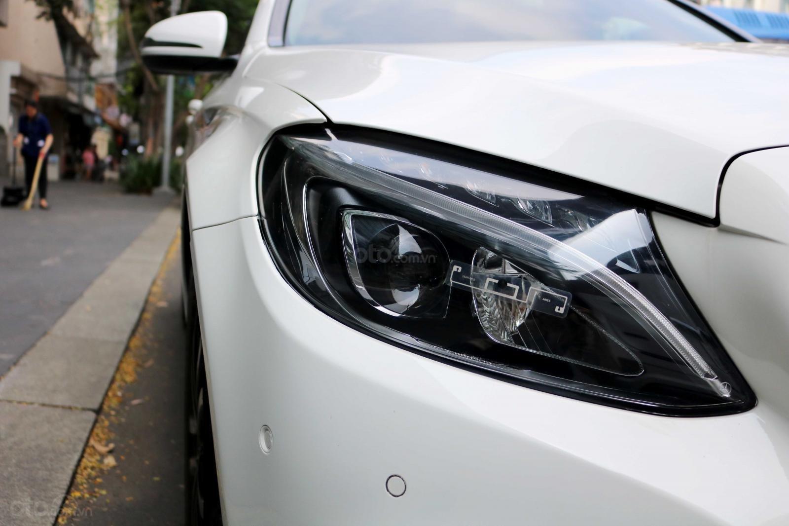 Bán xe Mercedes C200 model 2016, đi 30000km, xe chính chủ-4