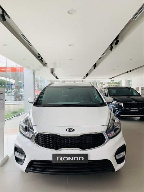 Bán xe Kia Rondo sản xuất 2019, màu trắng-1