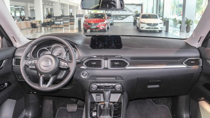So sánh xe Mazda 3 2018 và Mazda CX-5 2018 về thiết kế nội thất - Ảnh 1.