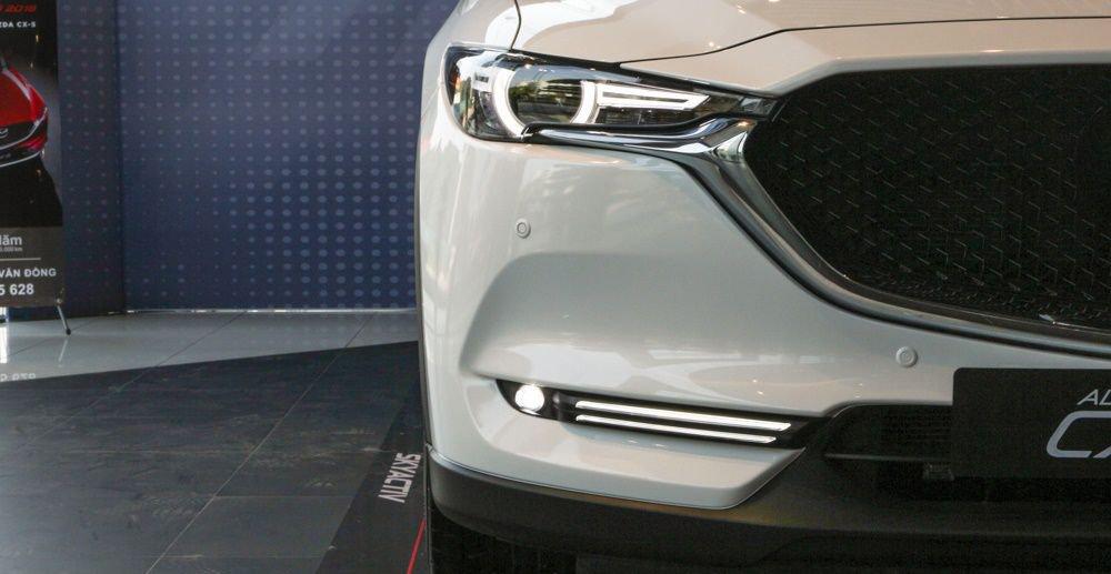 So sánh xe Mazda 3 2018 và Mazda CX-5 2018 về thiết kế đầu xe - Ảnh 4.