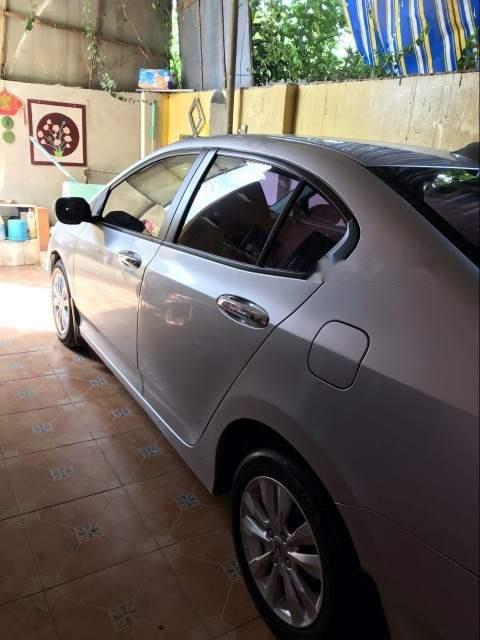 Bán xe Honda City sản xuất năm 2013, màu bạc, giá chỉ 400 triệu-4