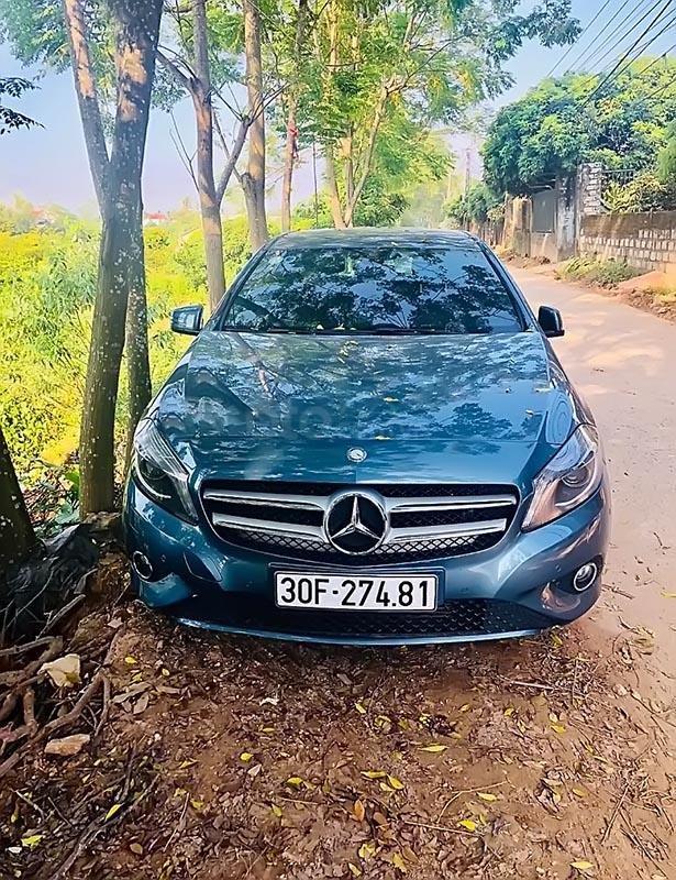 Bán Mercedes A200 năm 2014, màu xanh lam, nhập khẩu nguyên chiếc số tự động (1)