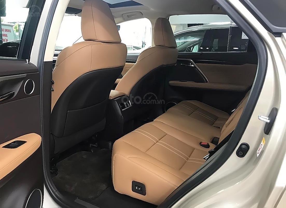 Bán Lexus RX 200t đời 2016, màu vàng, nhập khẩu còn mới-1