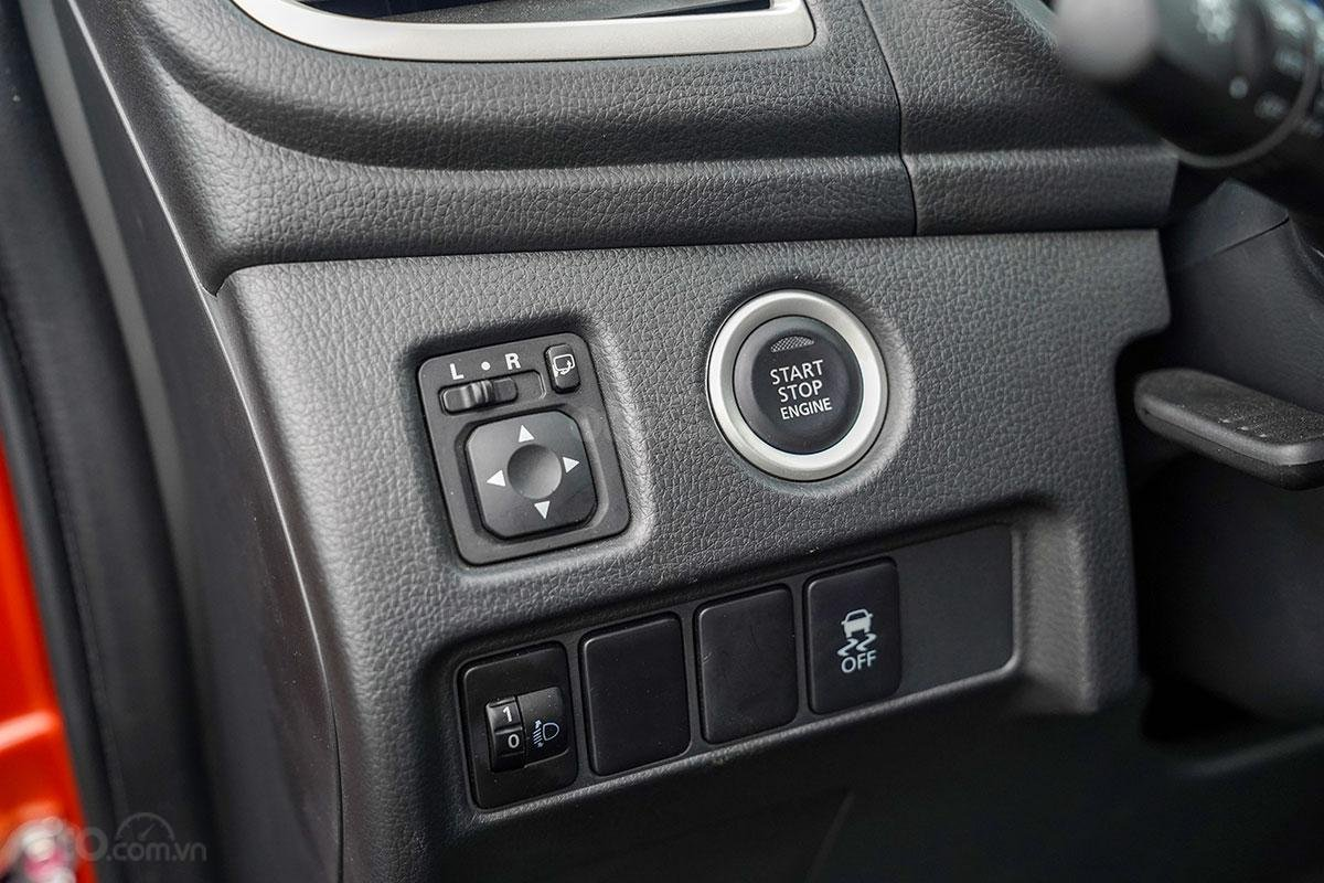 Đánh giá xe Mitsubishi Triton 2019 phiên bản 4x4 AT MIVEC: chi tiết nội thất