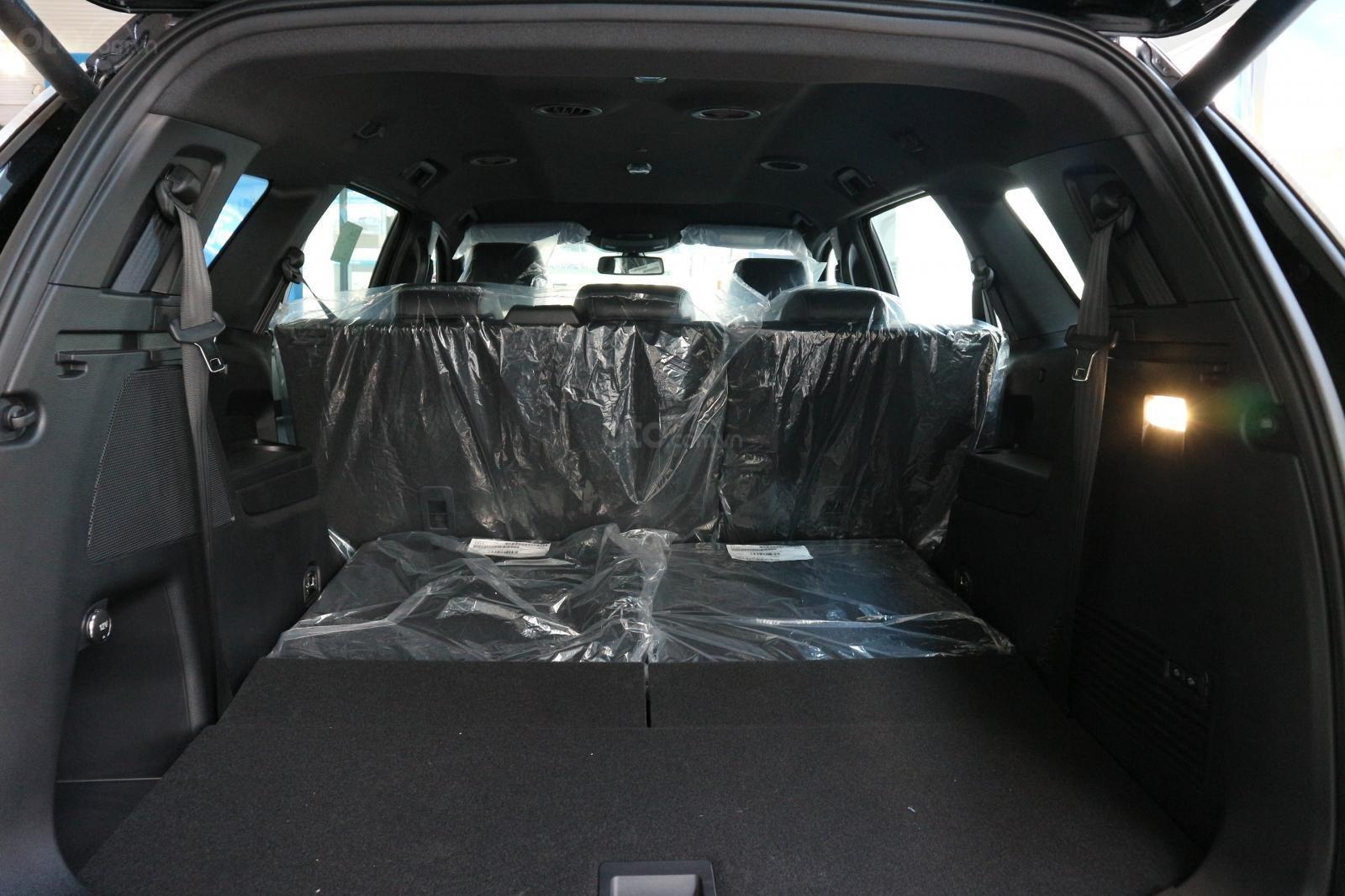 Bán Ford Everest 2019, combo quà tặng: Dán phim, lót sàn, bọc ghế da, camera hành trình-7