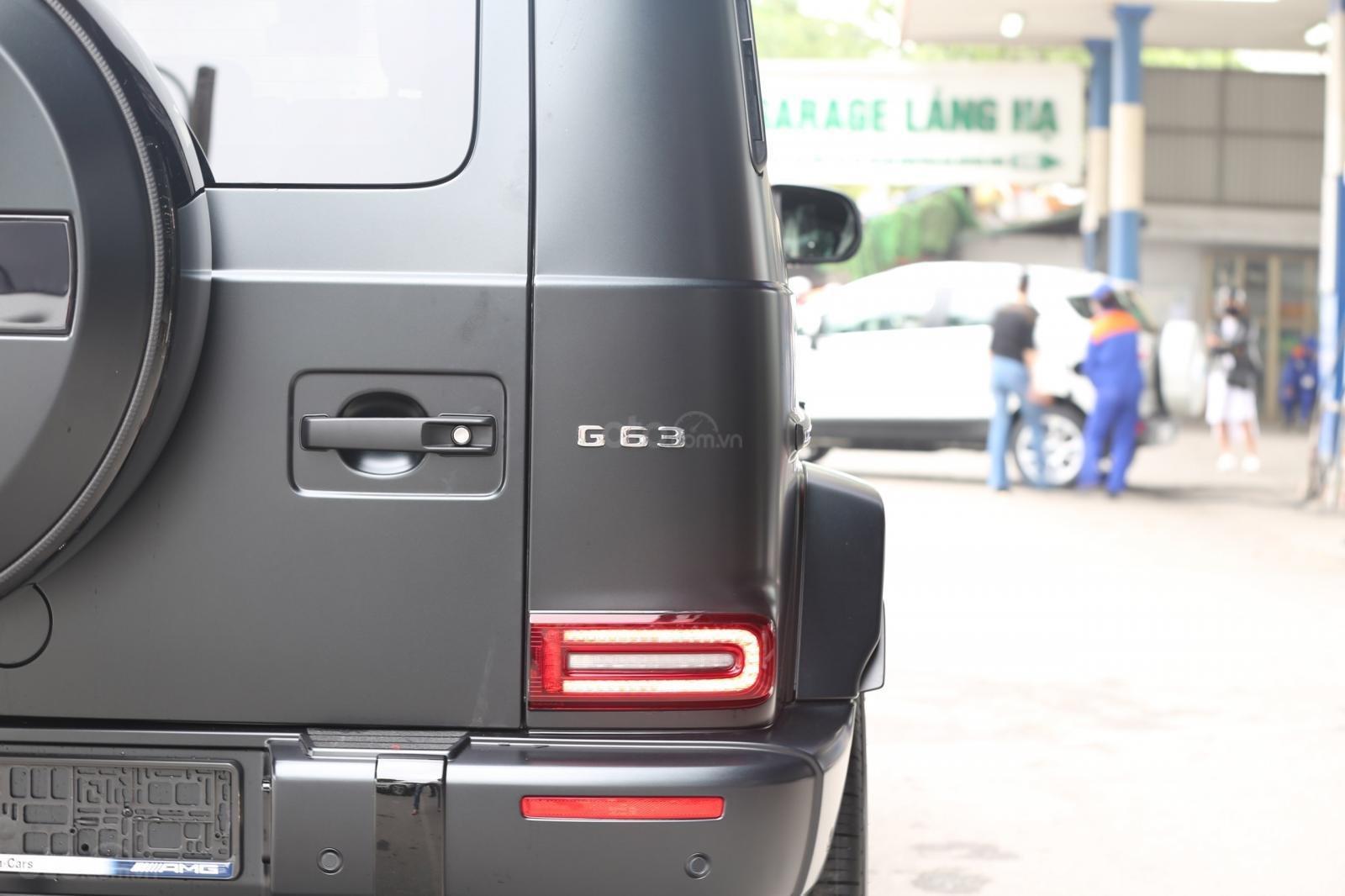 Cần bán Mercedes G63 AMG Edition 1 năm 2019, màu đen, xe nhập (7)