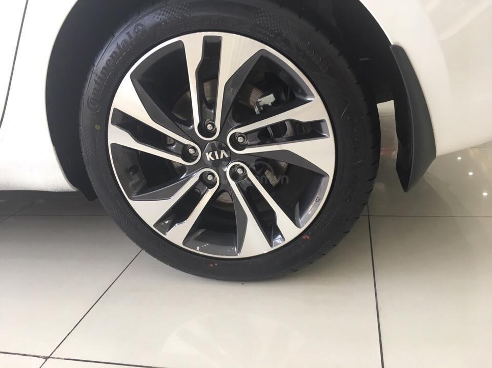 Hot - Kia Rondo 2019 giá ưu đãi cùng nhiều phần quà vô cùng hấp dẫn-5