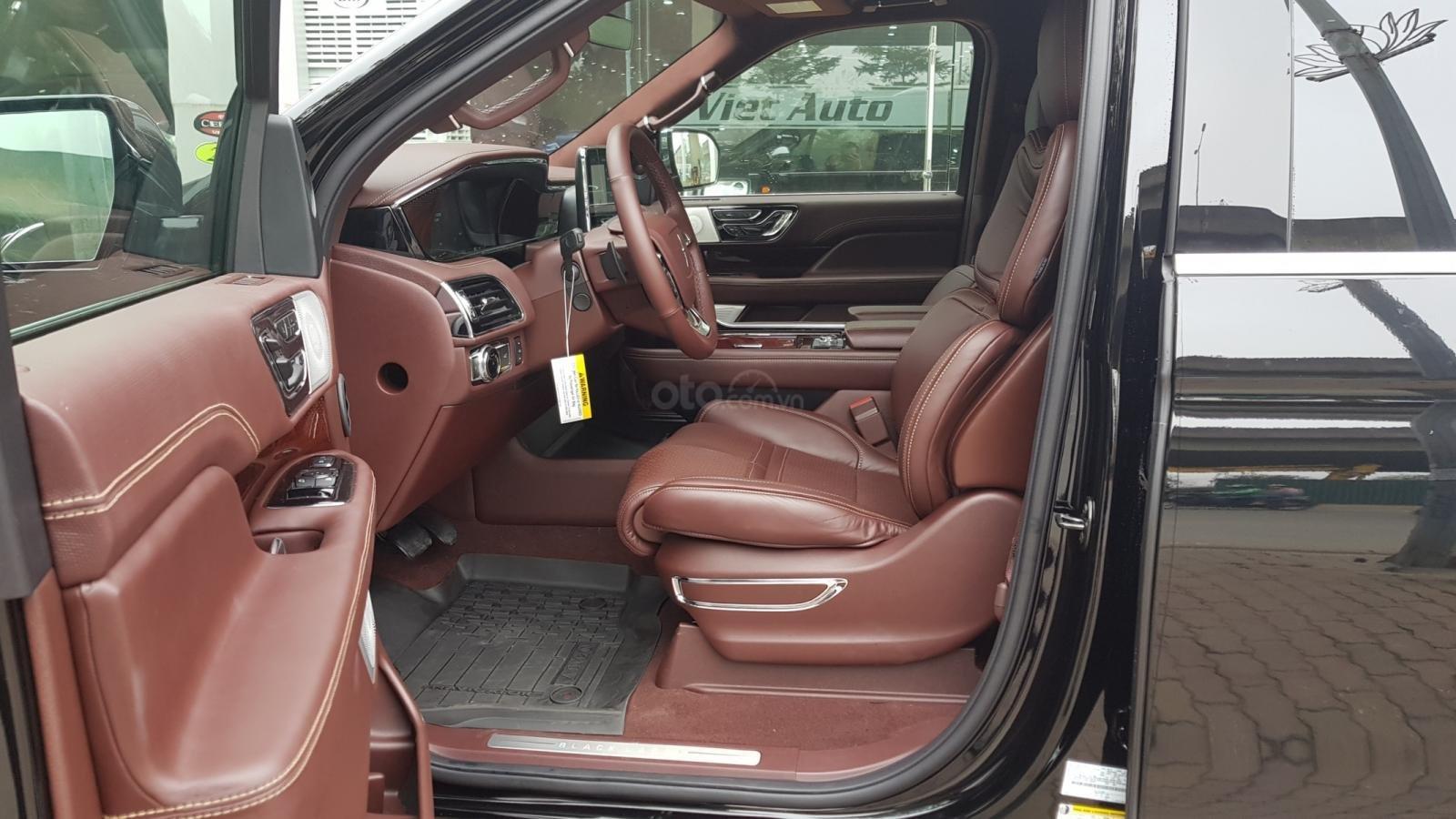 Bán ô tô Lincoln Navigator L Black Label sản xuất 2019, màu đen, nhập khẩu mới 100%-8