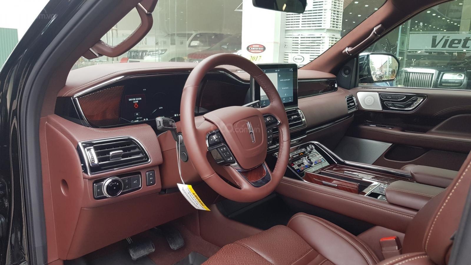 Bán ô tô Lincoln Navigator L Black Label sản xuất 2019, màu đen, nhập khẩu mới 100%-9