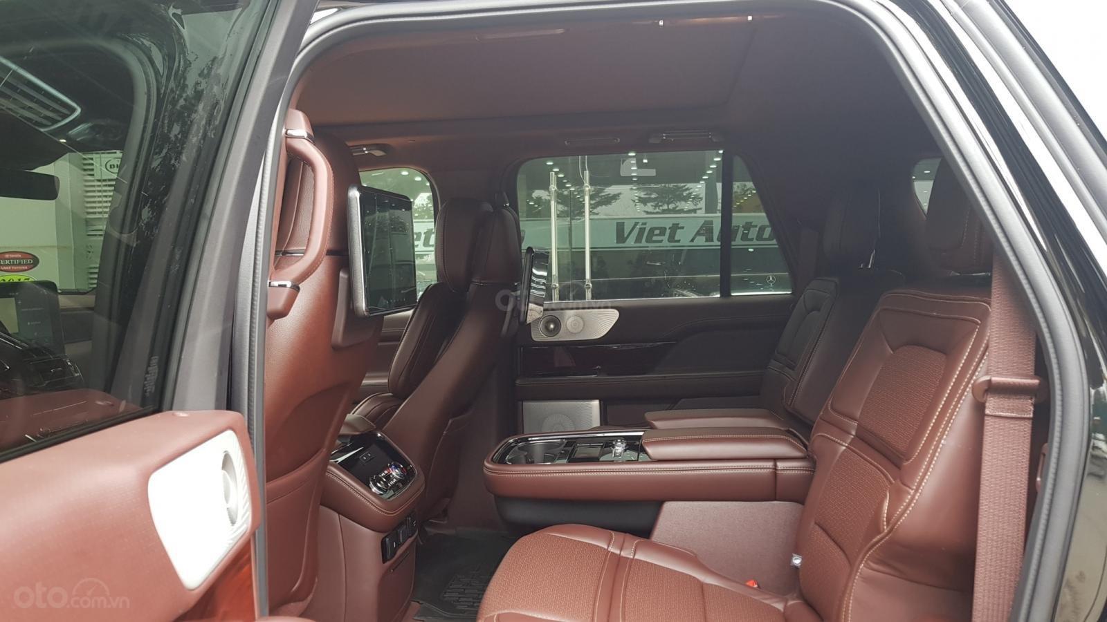 Bán ô tô Lincoln Navigator L Black Label sản xuất 2019, màu đen, nhập khẩu mới 100%-11