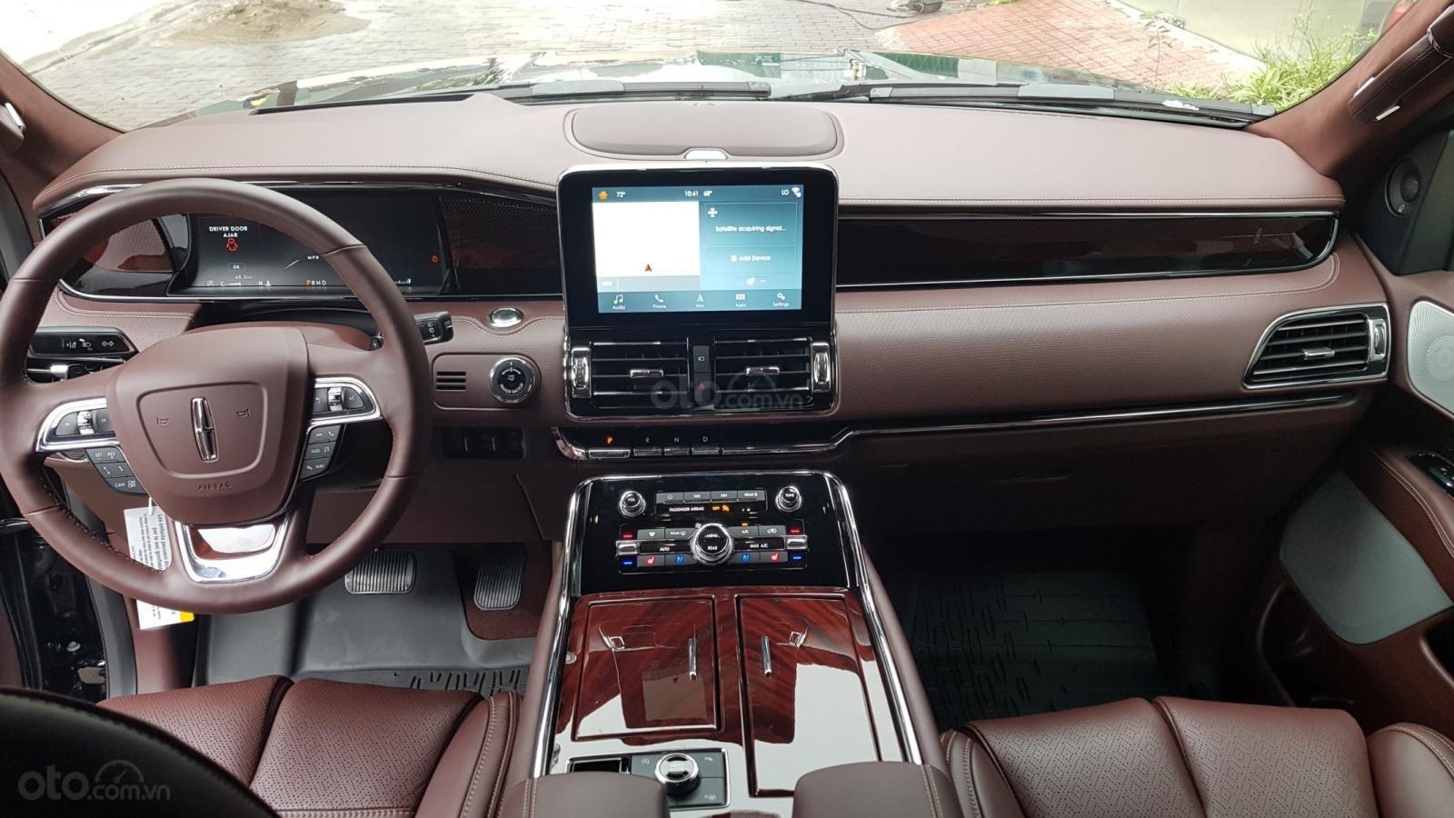 Bán ô tô Lincoln Navigator L Black Label sản xuất 2019, màu đen, nhập khẩu mới 100%-12