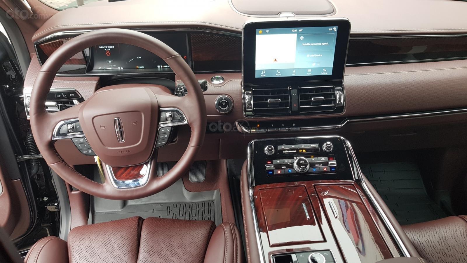 Bán ô tô Lincoln Navigator L Black Label sản xuất 2019, màu đen, nhập khẩu mới 100%-13