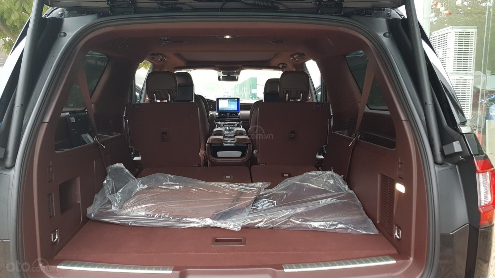 Bán ô tô Lincoln Navigator L Black Label sản xuất 2019, màu đen, nhập khẩu mới 100%-21