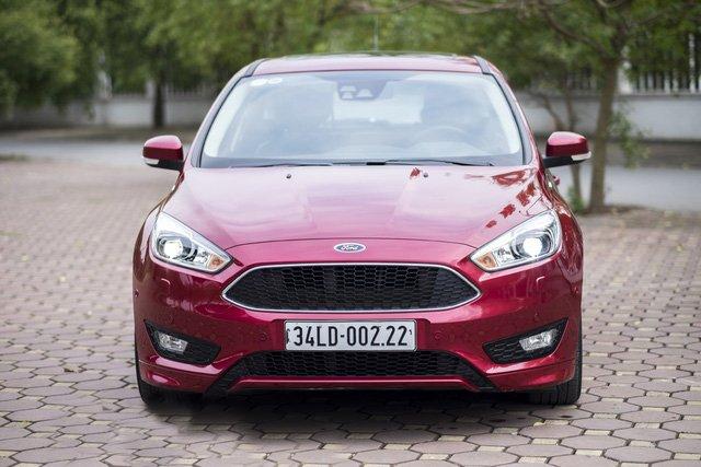 Các chuyên gia đánh giá xe Ford Focus 2018 rất cao về ngoại hình