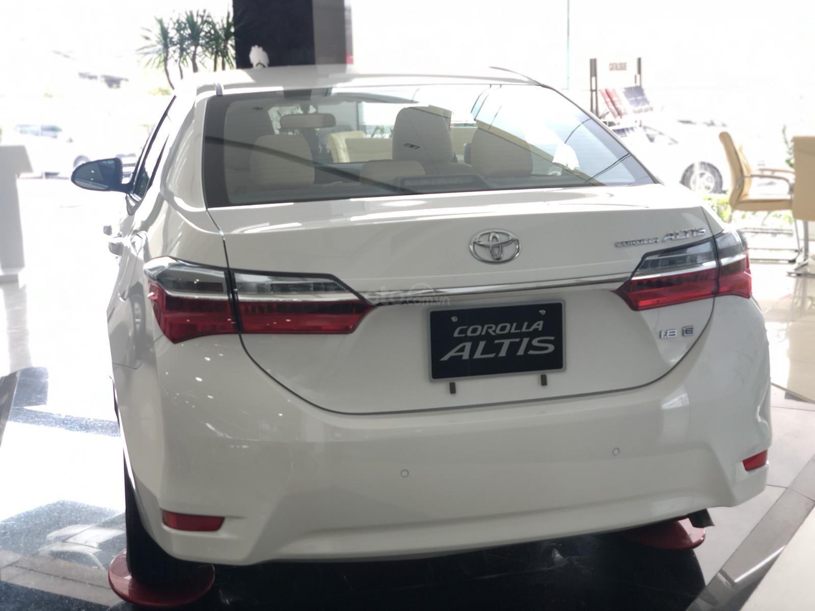 Bán Toyota Corolla Altis năm 2019 màu trắng, 746 triệu-7