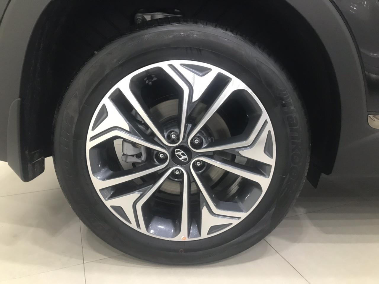 Hyundai Santa Fe 2019 bản Premium máy dầu cao cấp - Xe giao ngay - Nhiều ưu đãi - 0919929923-3