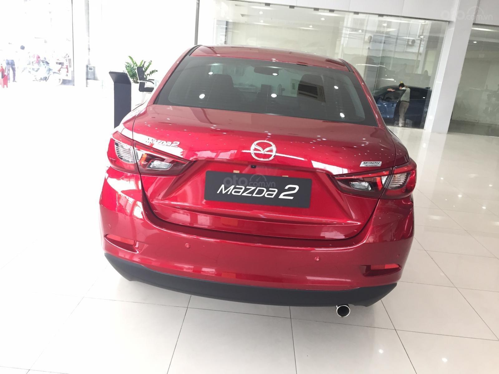 Mazda Hà Đông bán xe Mazda 2 bản cao cấp giá tốt. Liên hệ: 0944601785-7