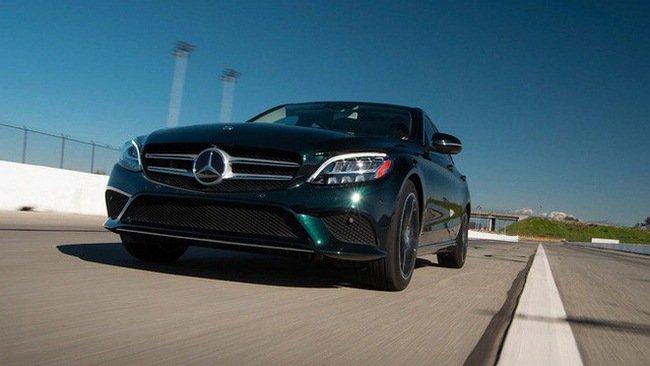 Đánh giá xe Mercedes C300