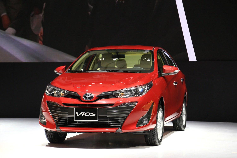 Nhà vua Toyota Vios trở lại trong tháng 3