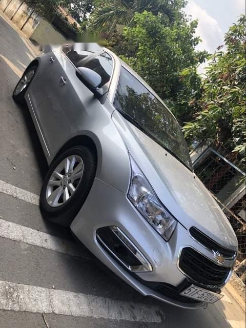 Bán Chevrolet Cruze năm sản xuất 2016, màu bạc, giá tốt-3